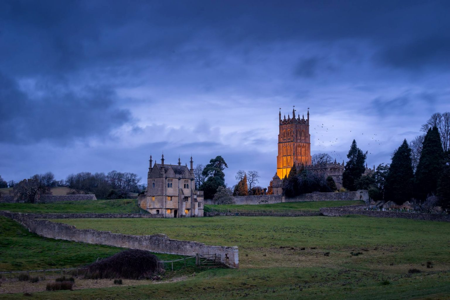 Chipping Campden, cotswolds in Gloucestershire with Church WG